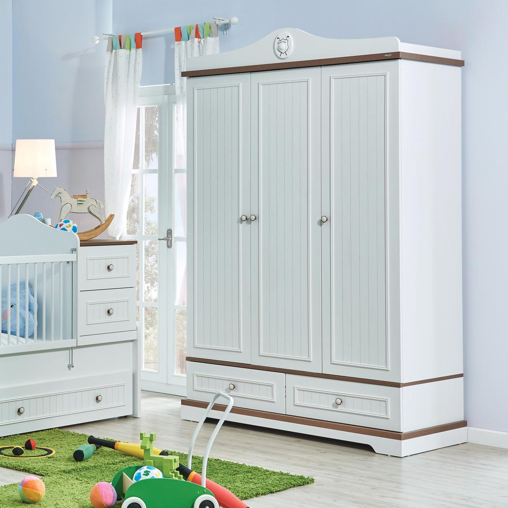 Golf Star Contemporary White Wardrobe With Drawers