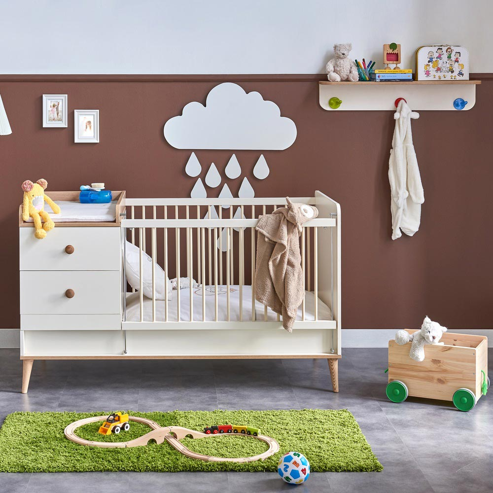 Liva Contemporary Cot That Turns Into Bed