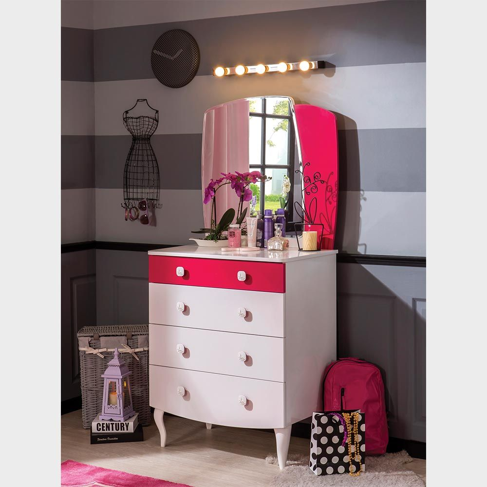 Dazzling Mirrored Chest Of Drawers