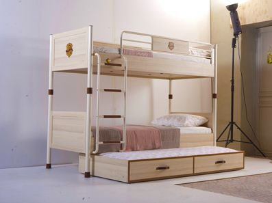 Royal Bunk Bed With Trundle