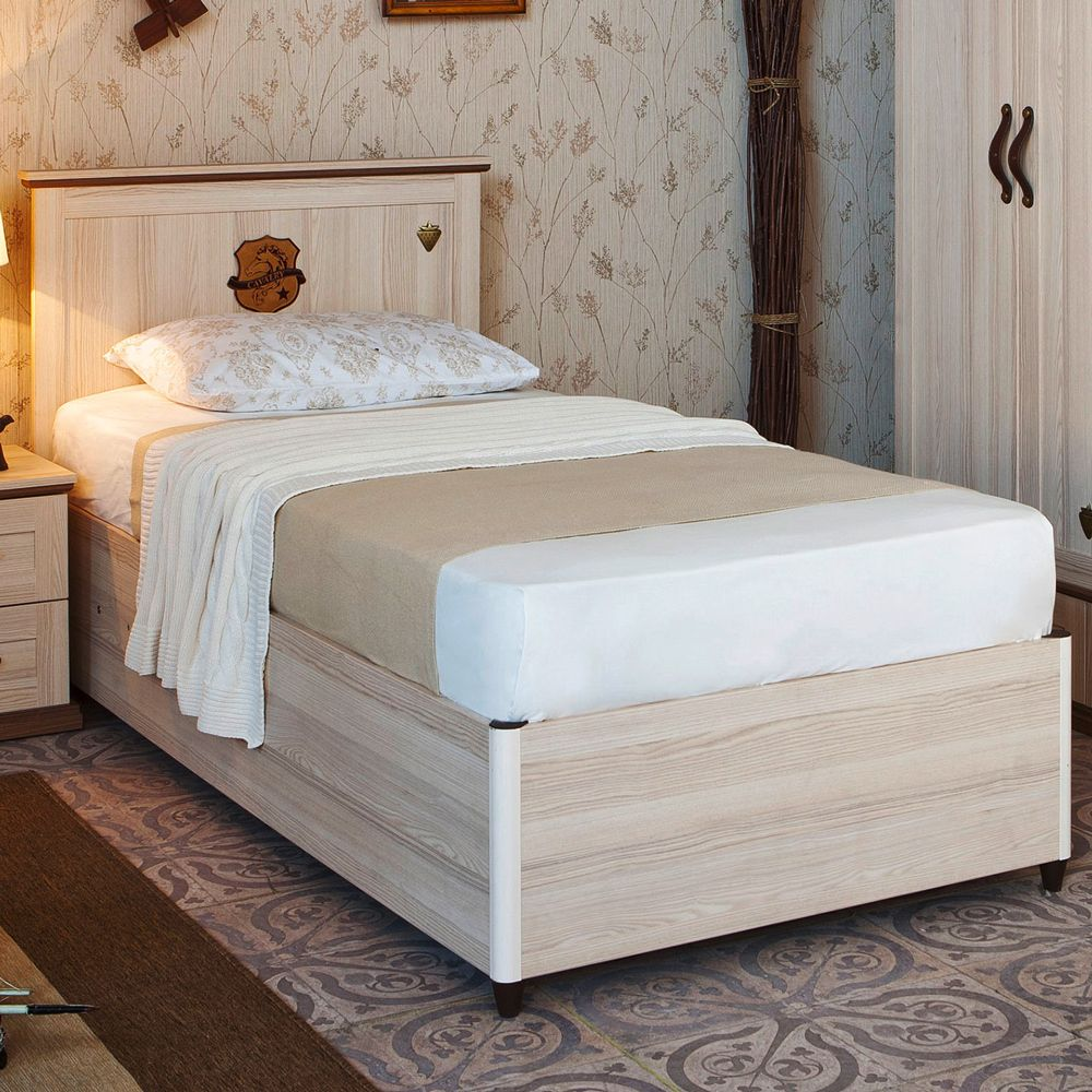 Royal Storage Bed